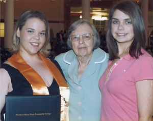 Lois with granddaughters, Kelly & Kristin